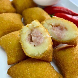 mini-almofada-presunto-e-queijo